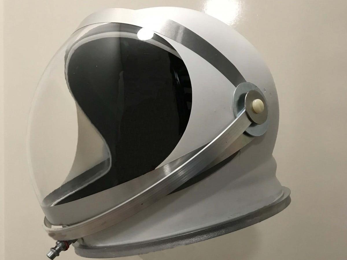 helm-astronaut2018