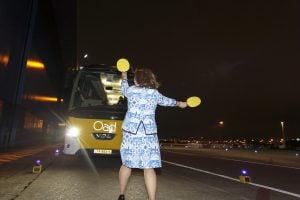 Tuukje begeleidt bussen KLM-Cityhopper Fokker70