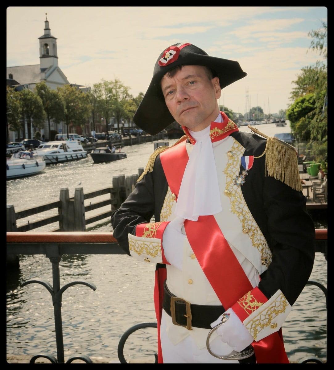 Napoleon Bonaparte inspectecteert de Groote Zeesluis