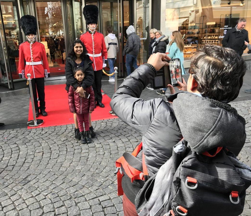 Paleiswachters in actie in Maastricht